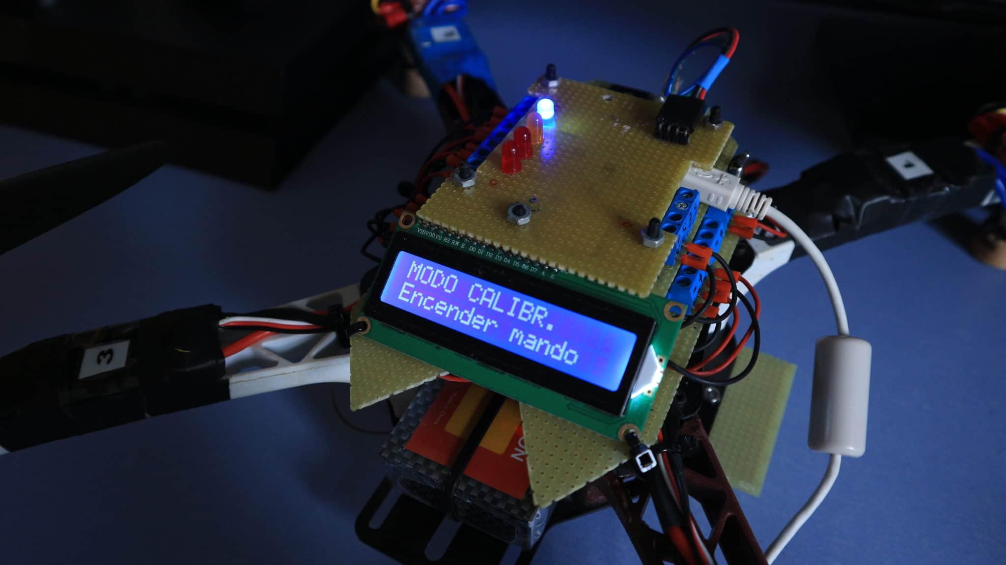 Pantalla inicial del modo calibración. Arduino drone.