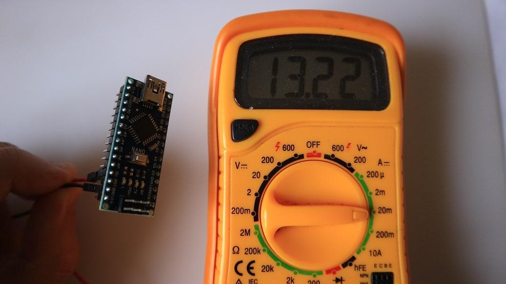 Arduino low power. Sin regulador y sin led.